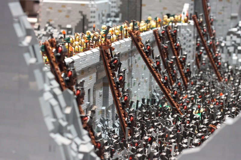 Lego_HelmsDeep4.jpg